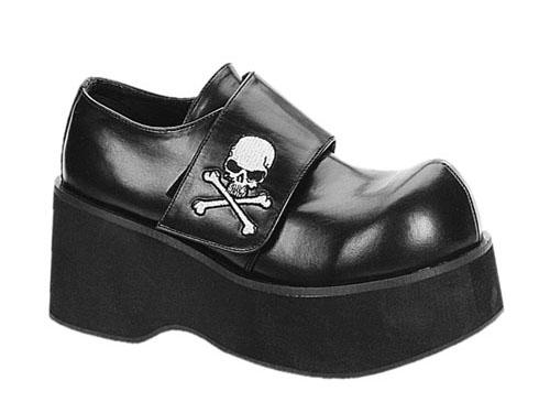 scarpe con teschio pirata